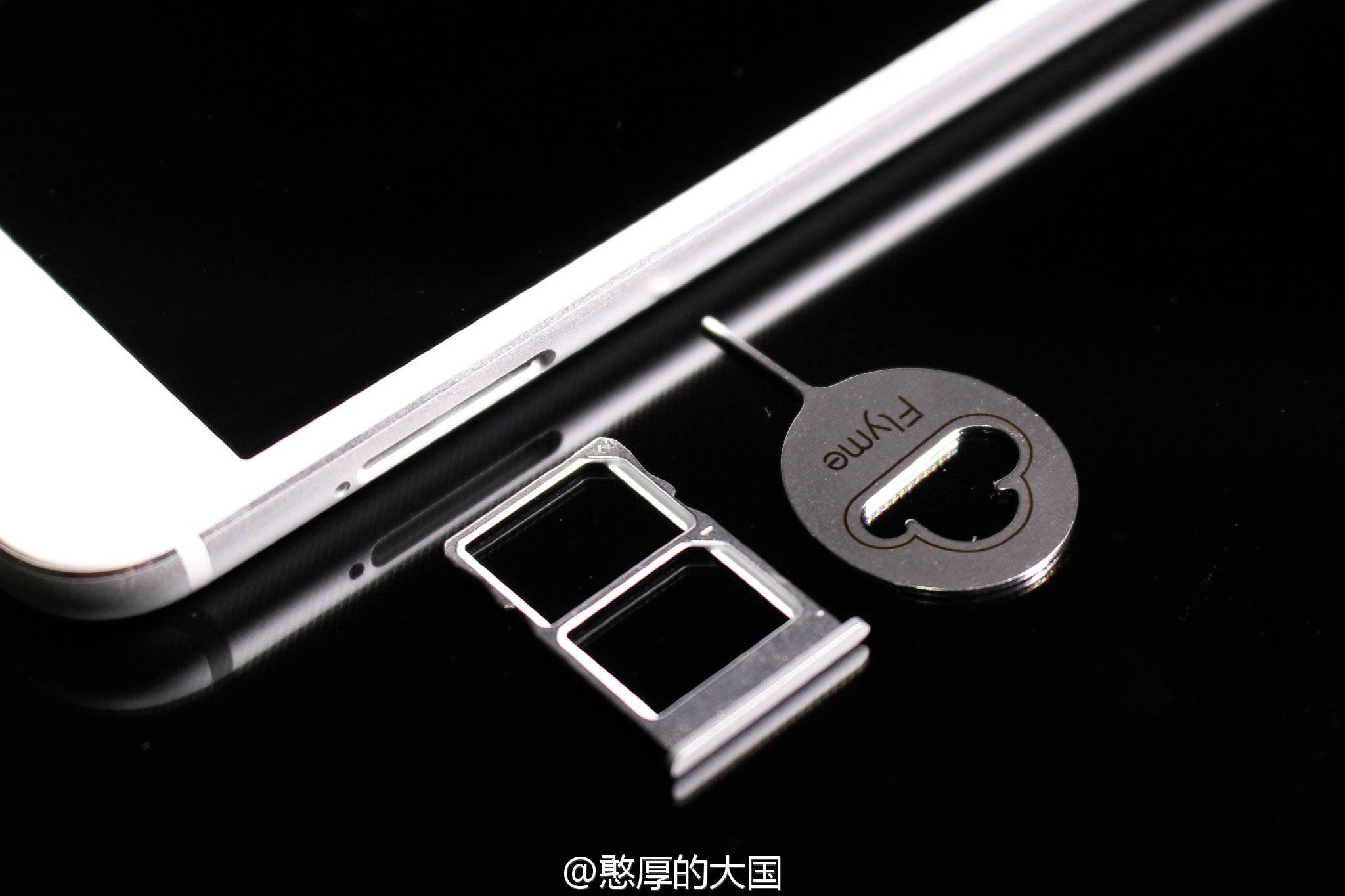 Meizu MX6は外部SDカードに非対応。購入する際に要注意