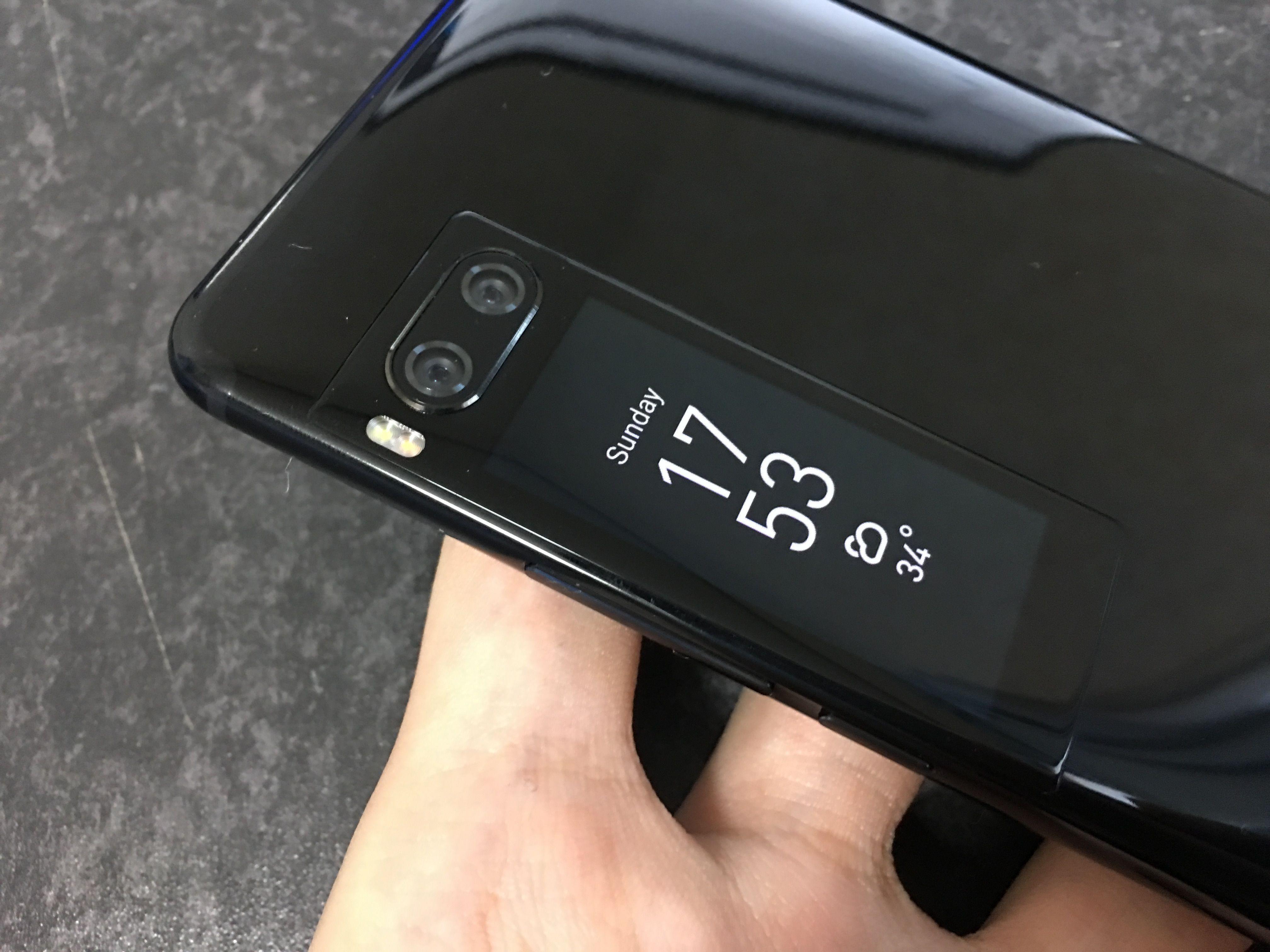 グローバル版のMeizu PRO 7はMediaTek Helio P25モデルのみ。Helio X30モデルが欲しい場合は中国版を購入すること