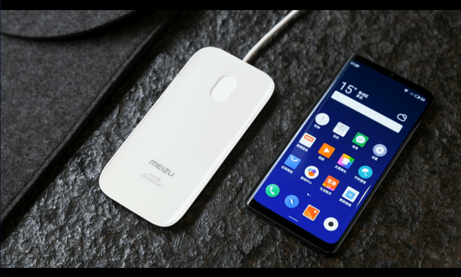 """""""Holeless Phone""""Meizu Zeroのデザイン、充電ドックが特許を取得"""