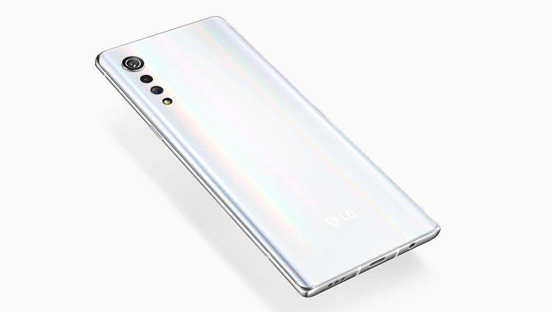 AI-BenchmarkランキングにLG V70が掲載、Android 11+Snapdragon 888 5G搭載